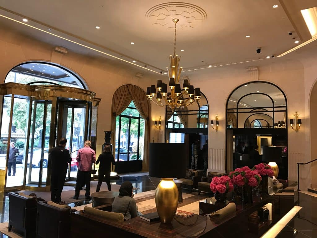 Lobby du Prince de Galles, Paris