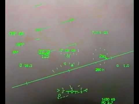 Avez vous déjà posé un Rafale sur un porte avion sans visibilité ?