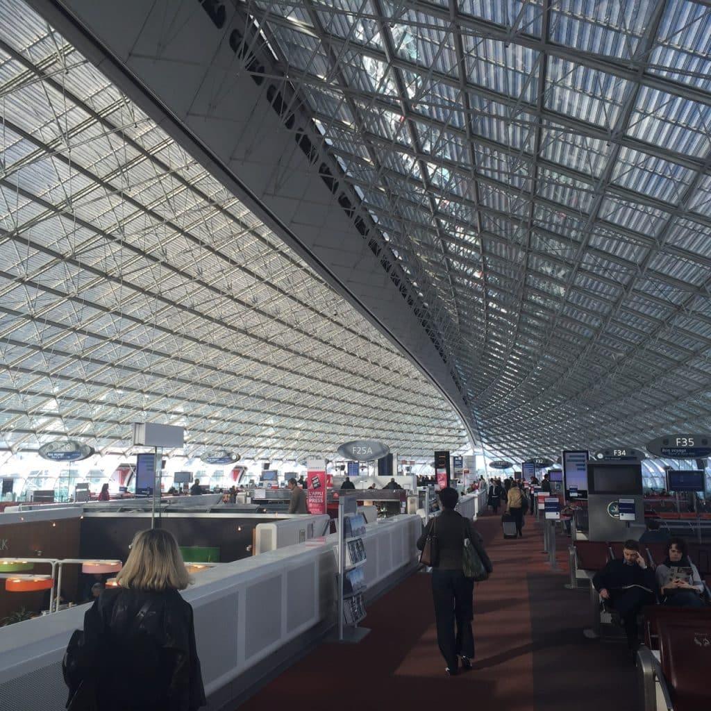 L'intérieur du terminal F à Roissy