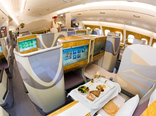 Même en business, prix réduit = prestation réduite. L'exemple Emirates.