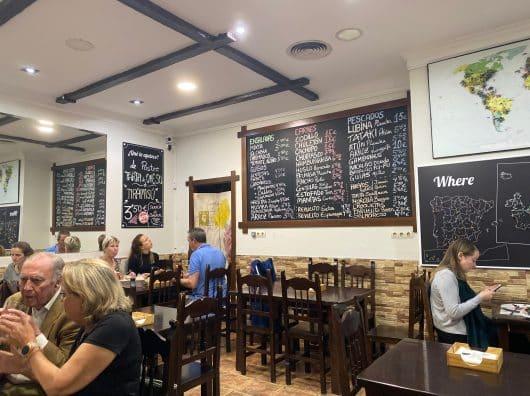 Restaurant L'Orangier - Desayunos & Tapas, Seville. L'Espagne en mode bonne franquette