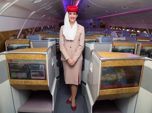 Quel service sur Emirates avec les restrictions sanitaires du COVID ?
