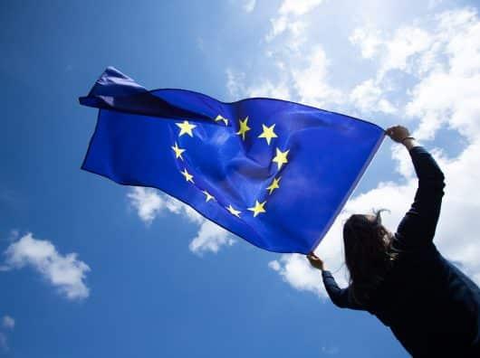 Reprise de l'aérien : l'Europe sans pilote dans l'avion