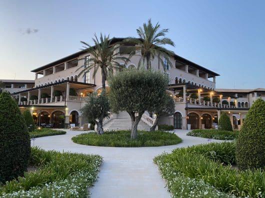 The St. Regis Mardavall Mallorca Resort : Paradis au bord de la Méditerranée